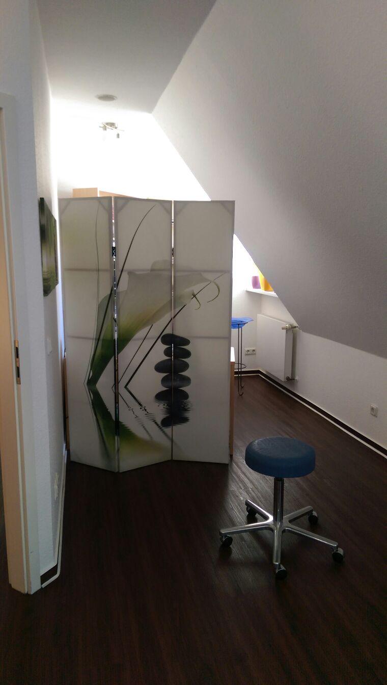 Behandlungzimmer 2.2